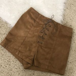 HIGH WAISTED FAUX SUEDE SHORTS